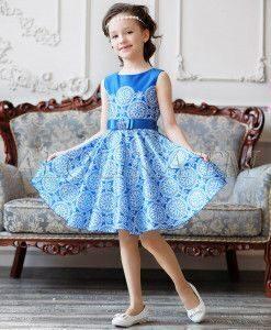 5d0809cf1f3d31b Девочки повзрослели и розового выбирают меньше. Юным школьницам нравятся  мятный, серебристый цвета. Фаворитами остаются ярко-синий и коралловый.